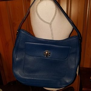 NWT TORY BURCH LARGE LEATHER  SLOUCHY HOBO